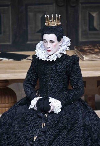 "Mark Rylance in ""Twelfth Night."" Image courtesy of hollywoodsoapbox.com"