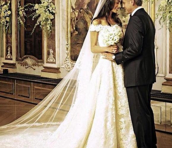 Amal Clooney in Oscar de la Renta image courtesy of the style tribune.com